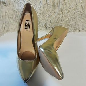 Signature High heels size 7.5